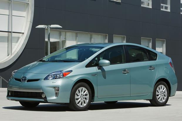 2014 toyota prius plug in hybrid new car review   autotrader