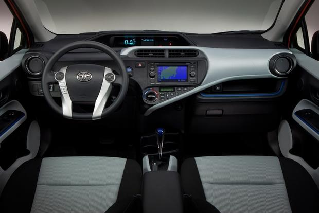 Toyota Prius vs. Prius c vs. Prius v: What's the Difference? featured image large thumb13