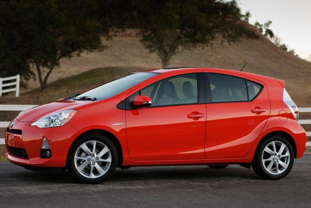 Toyota Prius vs. Prius c vs. Prius v: What's the Difference? featured image large thumb18