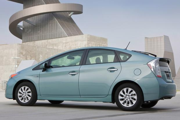 2015 Toyota Prius Plug In Hybrid: New Car Review Featured Image Large Thumb1