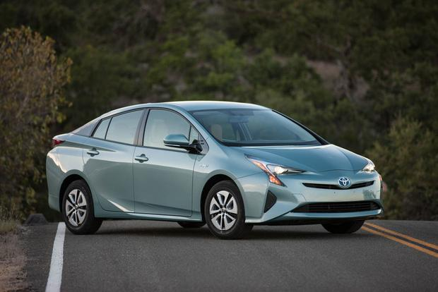 New Toyota Prius >> 2018 Toyota Prius New Car Review Autotrader