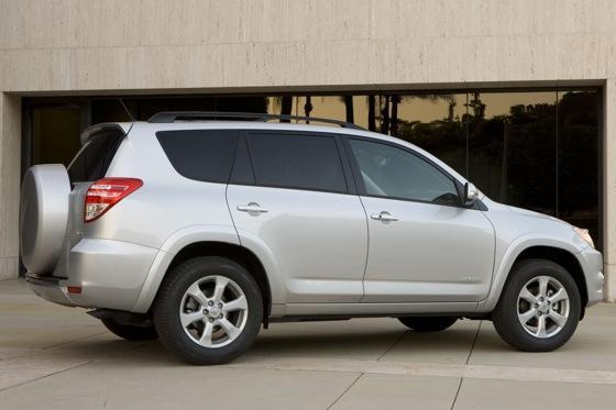 2012 Toyota RAV4: OEM Image Gallery featured image large thumb2
