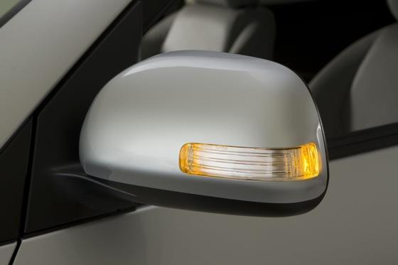 2012 Toyota RAV4: OEM Image Gallery featured image large thumb18
