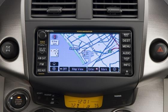 2012 Toyota RAV4: OEM Image Gallery featured image large thumb21