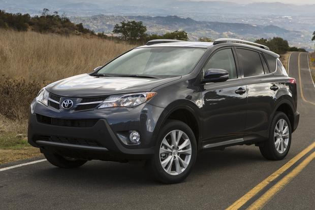 2013 Toyota RAV4: New vs. Old featured image large thumb0