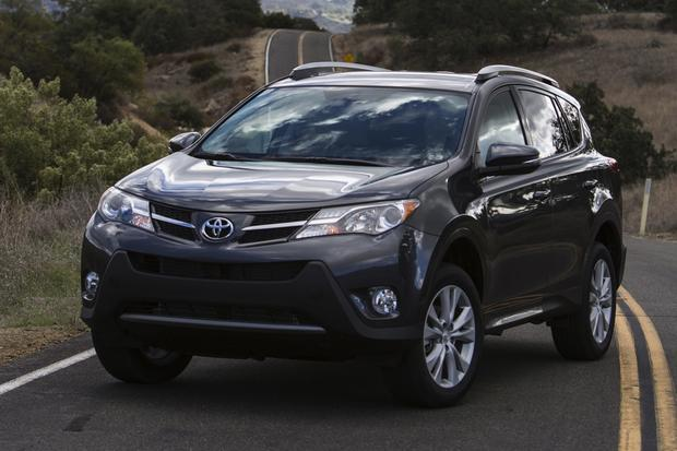 2014 toyota rav4 new car review autotrader. Black Bedroom Furniture Sets. Home Design Ideas