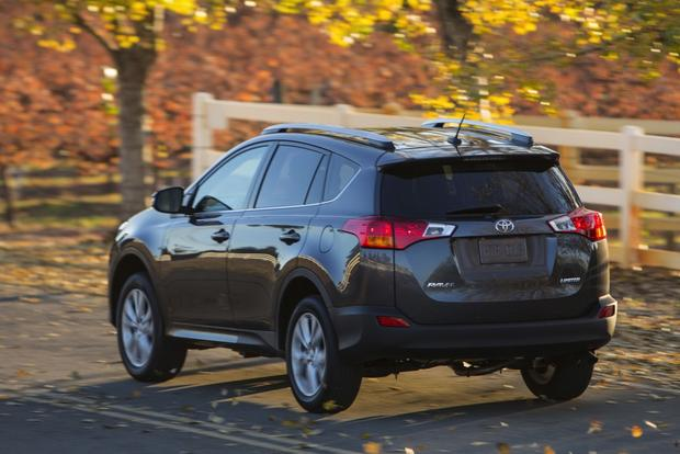 2013 Toyota RAV4: New Car Review featured image large thumb4