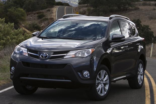 2014 Nissan Rogue vs. 2014 Toyota RAV4: Which Is Better? featured image large thumb2