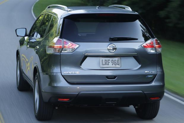 2014 Nissan Rogue vs. 2014 Toyota RAV4: Which Is Better? featured image large thumb5
