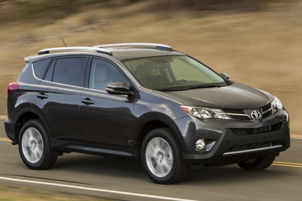 2014 Nissan Rogue vs. 2014 Toyota RAV4: Which Is Better? featured image large thumb10