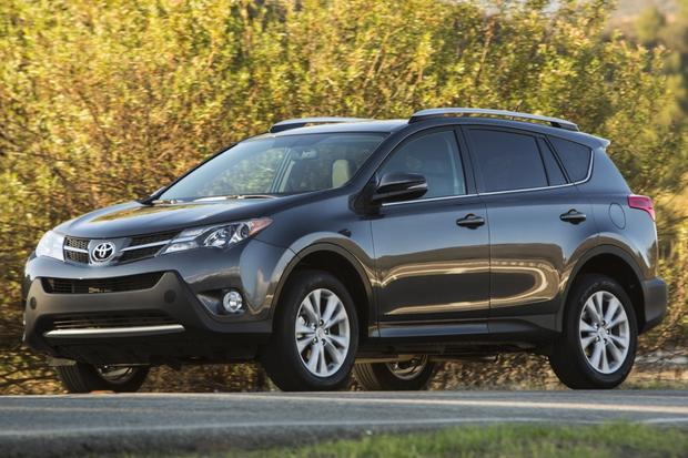 2014 Ford Escape vs. 2014 Toyota RAV4: Which Is Better? featured image large thumb7