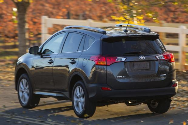 2014 Ford Escape vs. 2014 Toyota RAV4: Which Is Better? featured image large thumb6