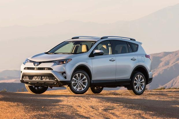 2015 vs. 2016 Toyota RAV4: What's the Difference?