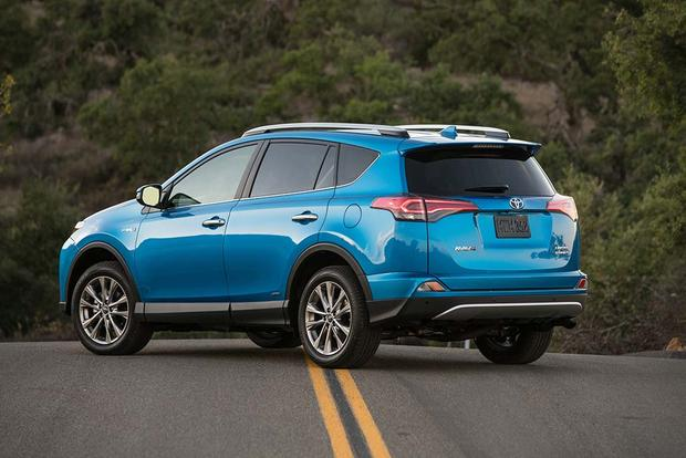 2016 Toyota RAV4 Hybrid: New Car Review featured image large thumb1