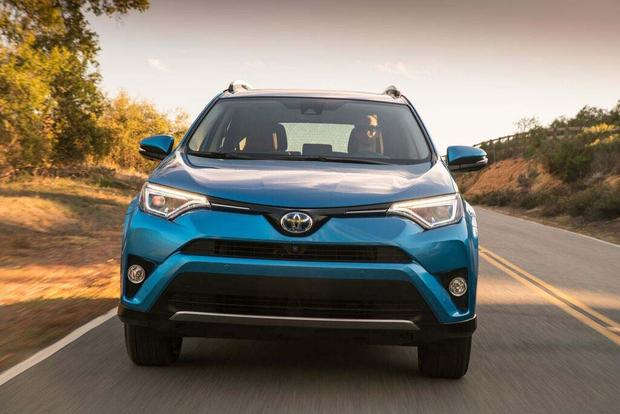 2016 Toyota RAV4 Hybrid: First Drive Review featured image large thumb0
