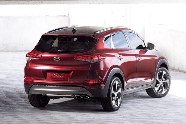2016 Toyota RAV4 vs. 2016 Hyundai Tucson: Which Is Better? featured image large thumb4