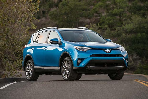 2017 Toyota RAV4 Hybrid: New Car Review featured image large thumb2