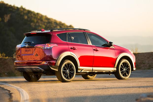 2018 Toyota RAV4: New Car Review featured image large thumb1