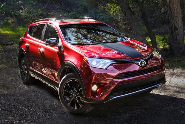2018 Toyota RAV4: New Car Review featured image large thumb2