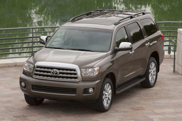 2015 Toyota Sequoia: New Car Review featured image large thumb5