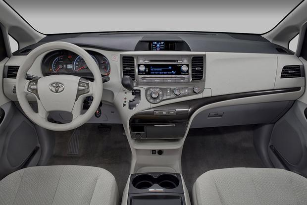 2011 Toyota Sienna: Used Car Review featured image large thumb1