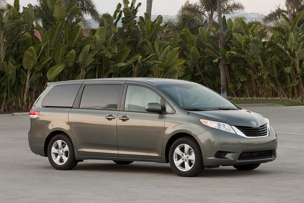 2011 Toyota Sienna: Used Car Review featured image large thumb4