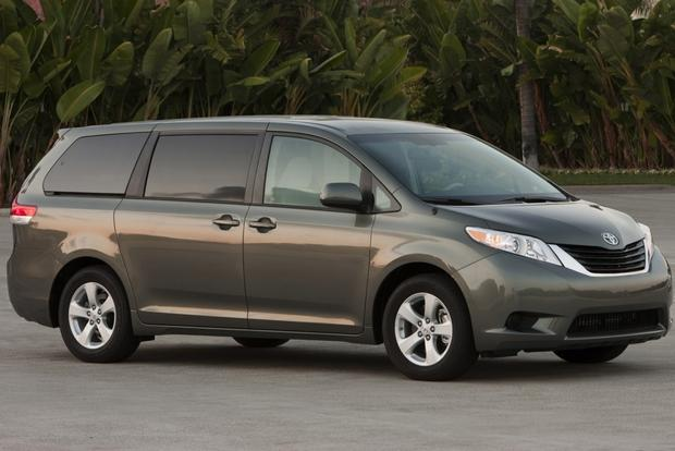 2013 Toyota Sienna: New Car Review