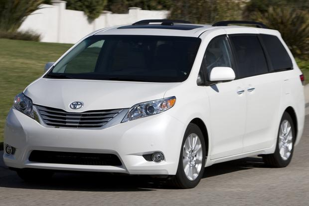 2013 Toyota Sienna: New Car Review featured image large thumb5