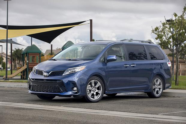 2018 Toyota Sienna New Car Review Featured Image Large Thumb0