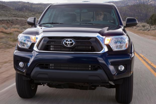 2013 Toyota Tacoma: OEM Image Gallery featured image large thumb1