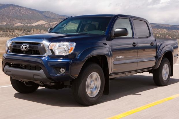 2013 Toyota Tacoma: OEM Image Gallery featured image large thumb2