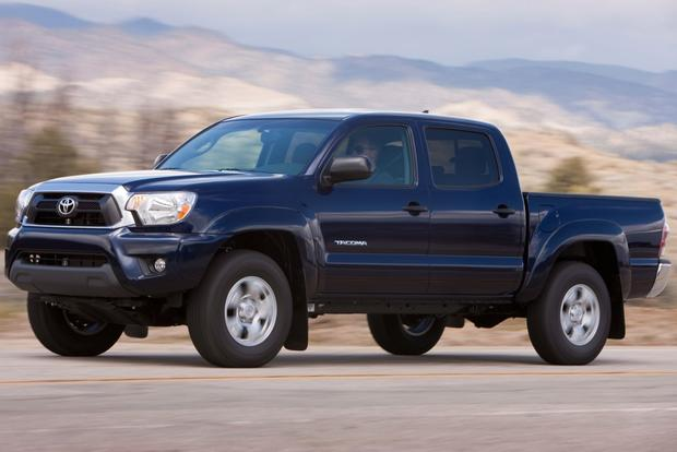 2013 Toyota Tacoma: OEM Image Gallery featured image large thumb3