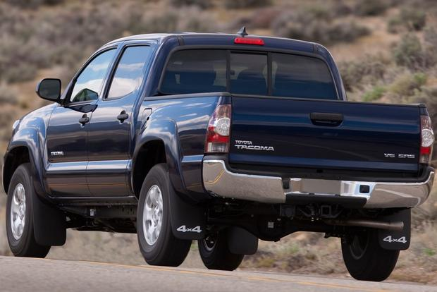 2013 Toyota Tacoma: OEM Image Gallery featured image large thumb4
