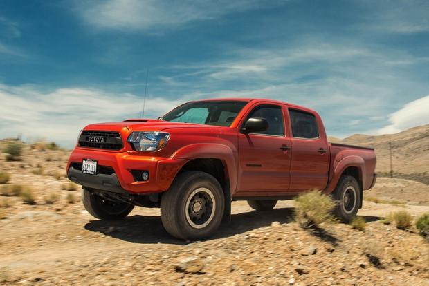 2015 toyota tacoma trd pro first drive review autotrader. Black Bedroom Furniture Sets. Home Design Ideas