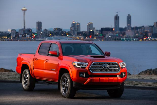 2015 Vs. 2016 Toyota Tacoma: Whatu0027s The Difference? Featured Image Large  Thumb0