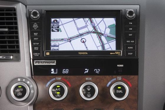 2012 Toyota Tundra: OEM Image Gallery featured image large thumb19