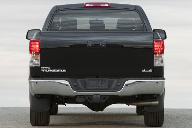 2013 Toyota Tundra: OEM Image Gallery featured image large thumb2