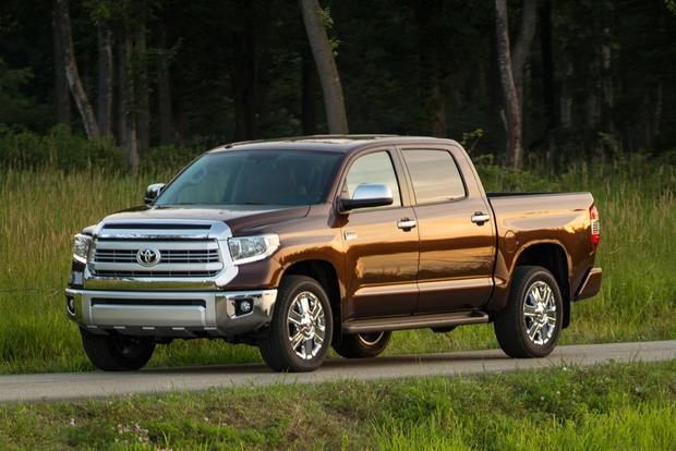 2015 toyota tundra new car review autotrader. Black Bedroom Furniture Sets. Home Design Ideas