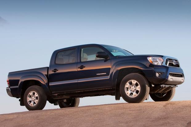 2017 Toyota Tundra Vs Tacoma What S The Difference Featured Image Large
