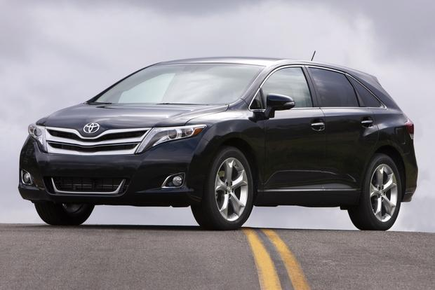 2013 Toyota Venza: OEM Image Gallery featured image large thumb1