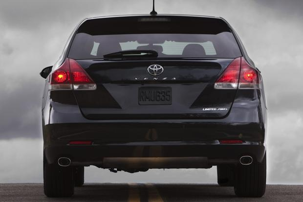 2013 Toyota Venza: New Car Review featured image large thumb3