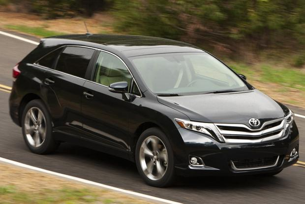 2013 Toyota Venza: New Car Review featured image large thumb5