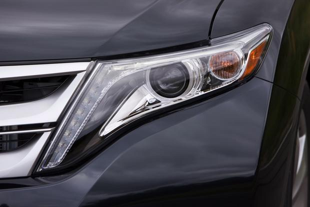 2013 Toyota Venza: OEM Image Gallery featured image large thumb10