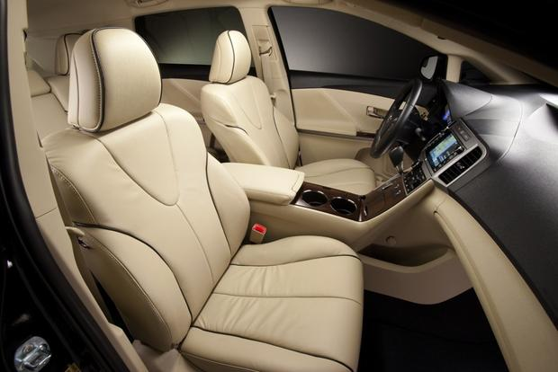 2014 Toyota Venza: New Car Review featured image large thumb4