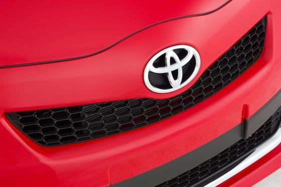2012 Toyota Yaris: New Car Review featured image large thumb5