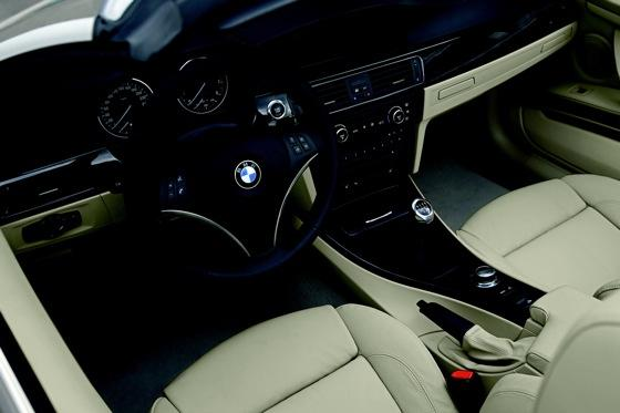 2007-2010 BMW 3 Series Convertible - Used Car Review featured image large thumb27
