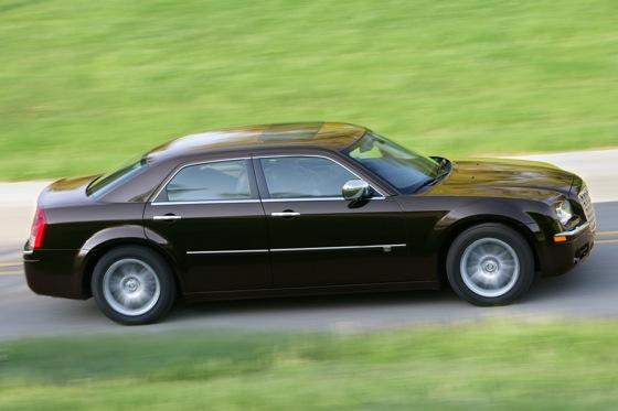 2005-2010 Chrysler 300 - Used Car Review featured image large thumb1