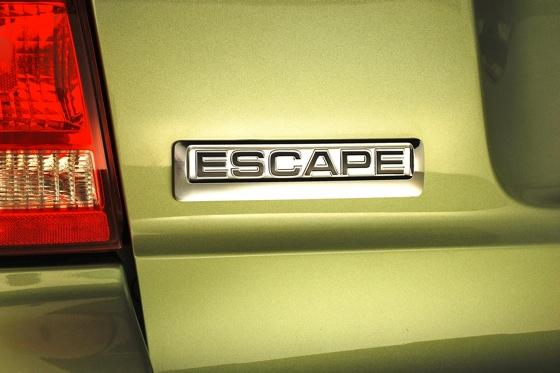 2009-2011 Ford Escape Hybrid: Used Car Review featured image large thumb3