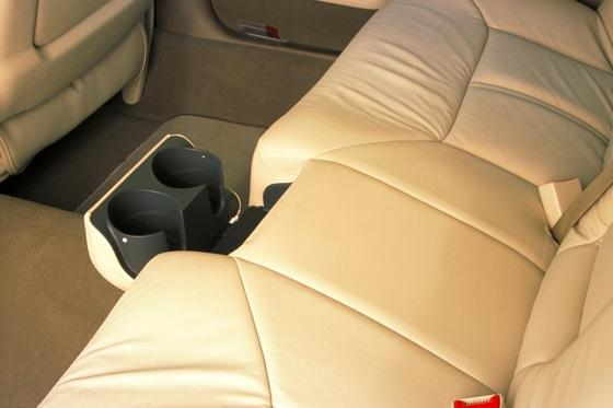 2003-2011 Lincoln Town Car: Used Car Review featured image large thumb3