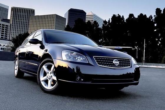 2002-2006 Nissan Altima - Used Car Review featured image large thumb0